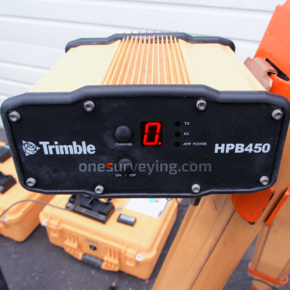 Trimble-R8-Model-3-Base-Rover-HPB450.jpg